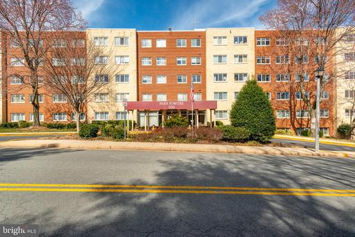 200 N Maple Ave #407