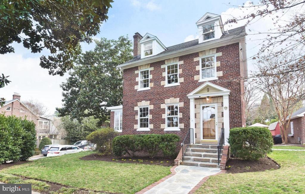 402 W Masonic View Ave