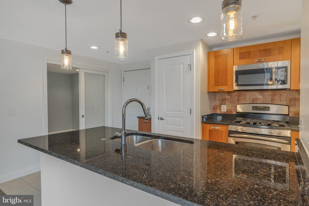 Photo of 2451 Midtown Ave #605