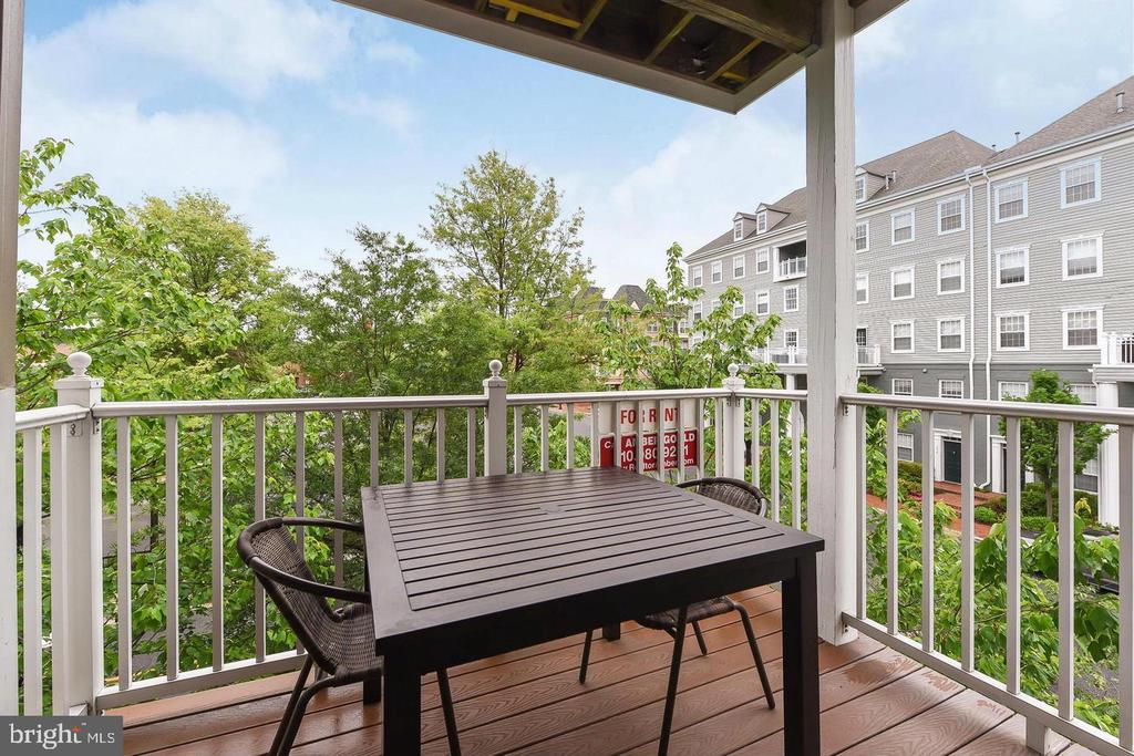 Photo of 1405 Roundhouse Ln #308
