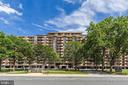 1300 Army Navy Dr #901