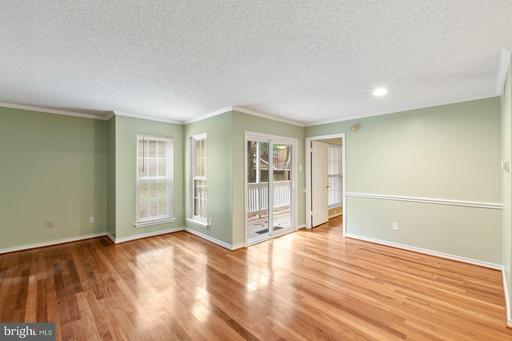 1521 Lincoln Way #103, McLean 22102