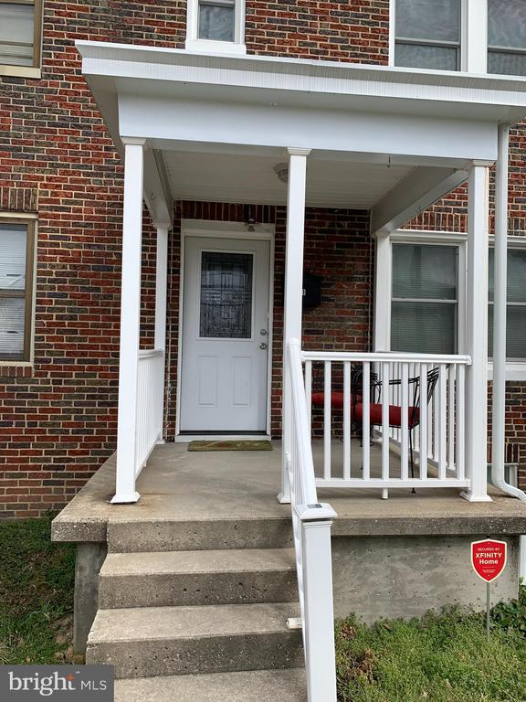 You will be amazed when you see this newly renovated 3 bed 1.5 bath townhouse. Huge kitchen with plenty of cabinet space and stainless steel appliances. Fully finished basement with laundry room and half bath. Original hardwood floors and french doors in kitchen that lead out to deck and backyard.