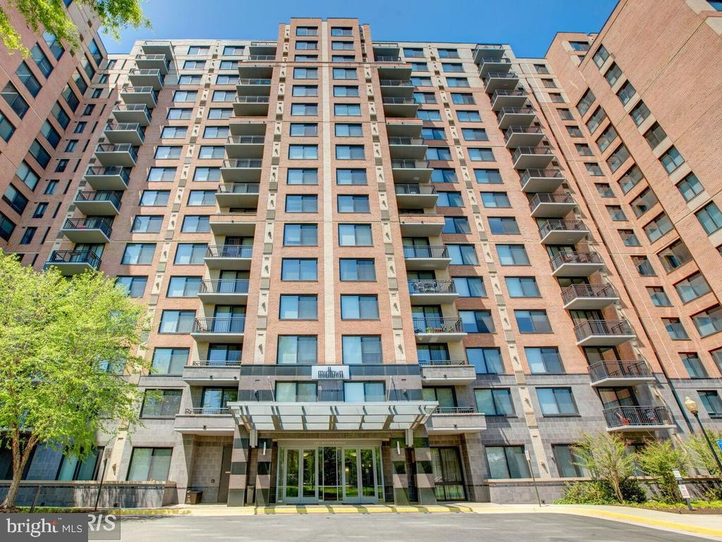 Photo of 2451 Midtown Ave #318