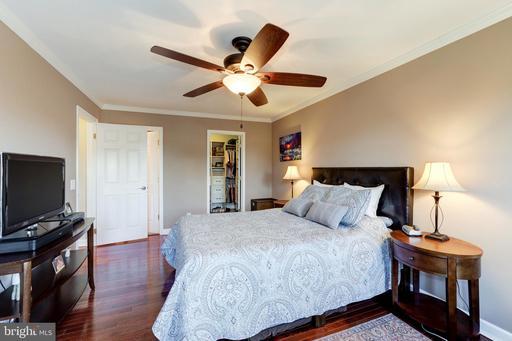 5208 Elkheart Ct Centreville VA 20120