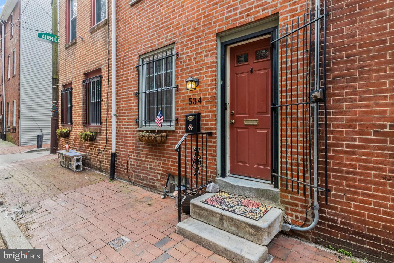 534 Montrose Street Philadelphia, PA 19147