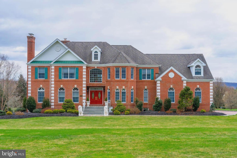 Doylestown                                                                      , PA - $1,492,000