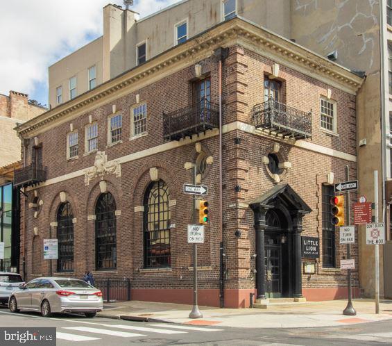241-43 Chestnut St #D, Philadelphia, PA, 19106