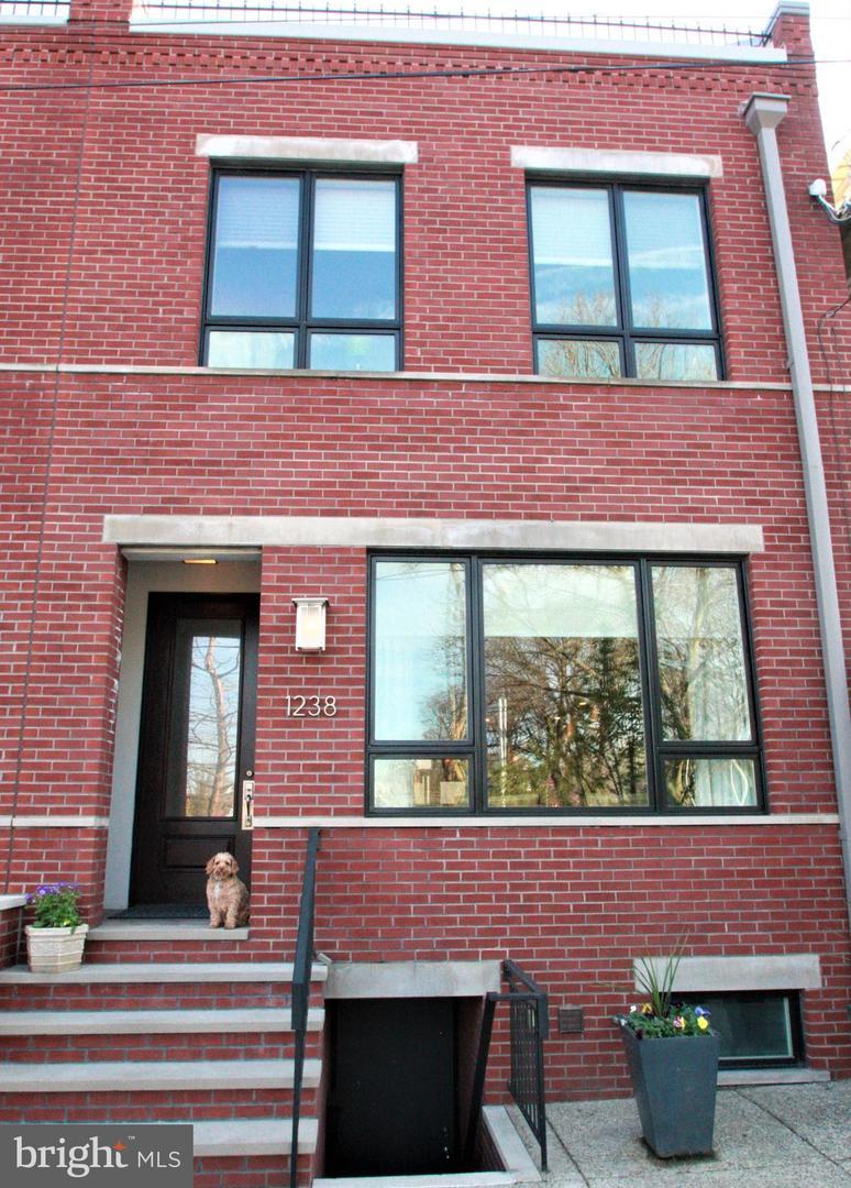 1238 Reed Street Philadelphia, PA 19147