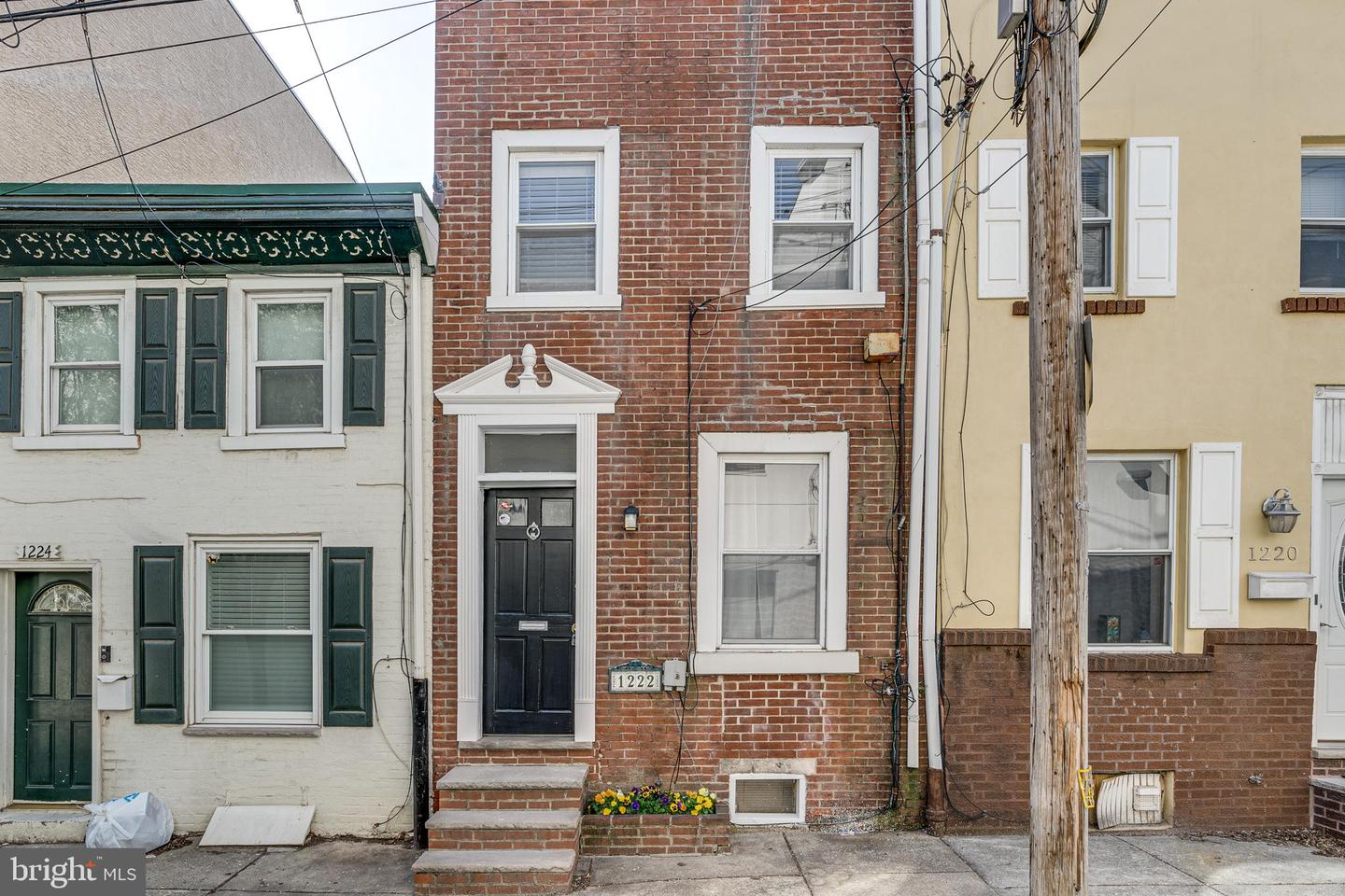 1222 S Howard Street Philadelphia, PA 19147