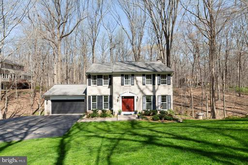 6102 Henry House Ct