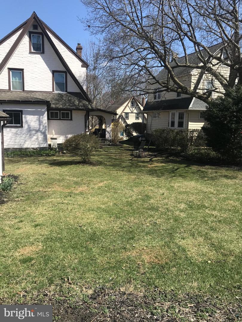 2434 Linden Drive Havertown , PA 19083