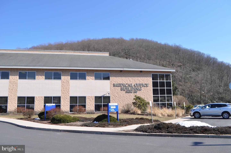 206 Schuylkill Medical Plaza, Suite Pottsville, PA 17901