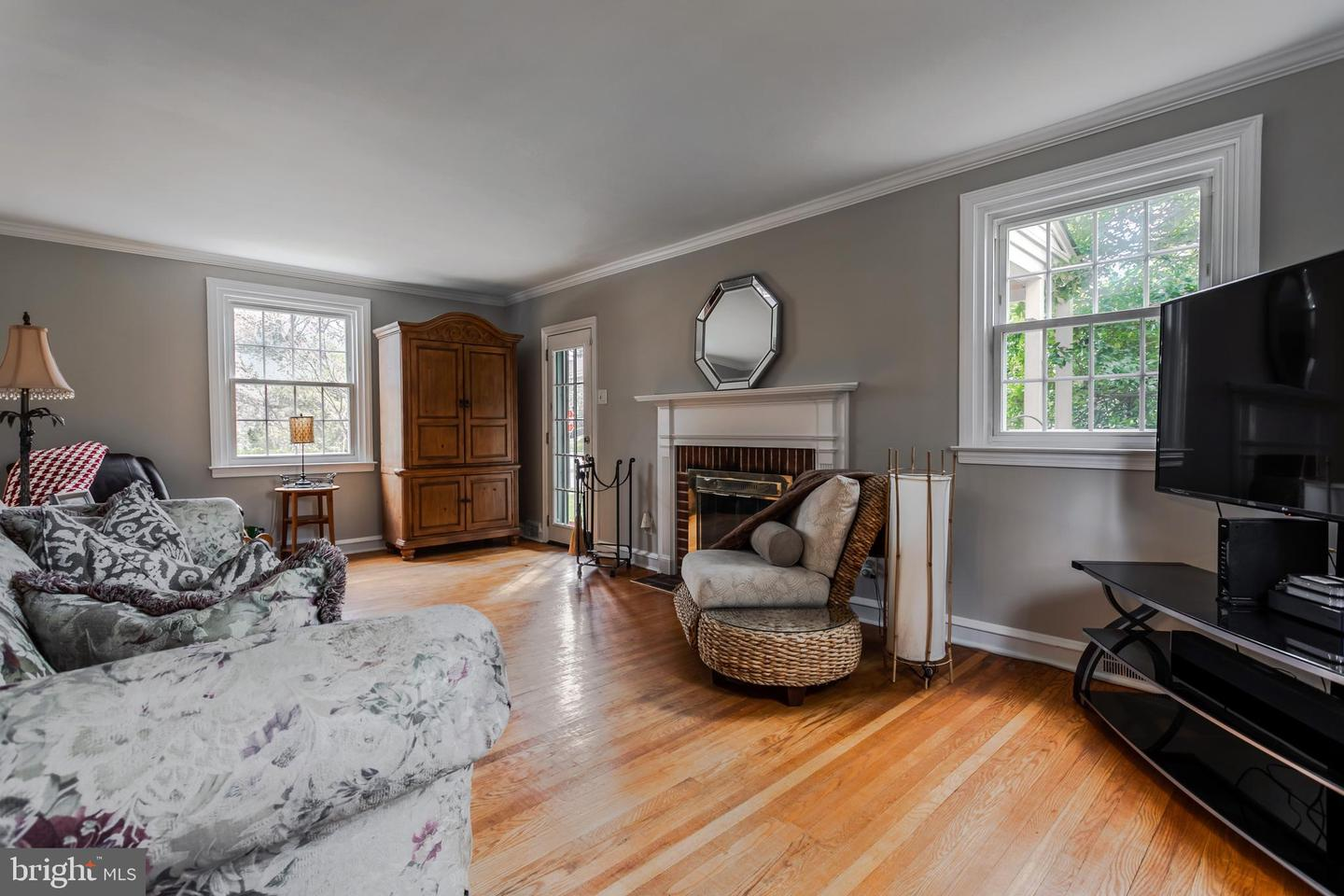 406 Mill Road Havertown , PA 19083