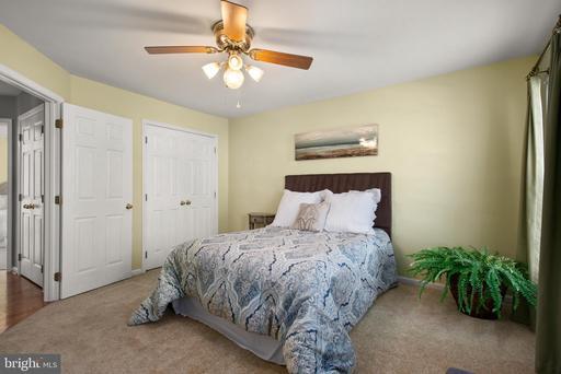 5309 Caliper Ct Centreville VA 20120