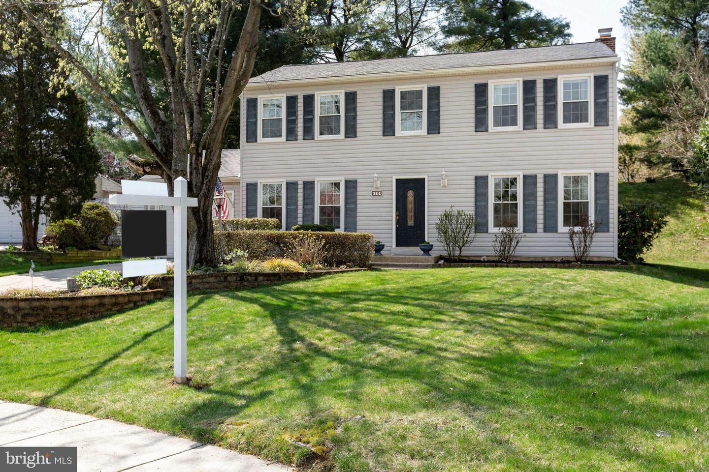 10 Lodge Place   - Rockville, Maryland 20850