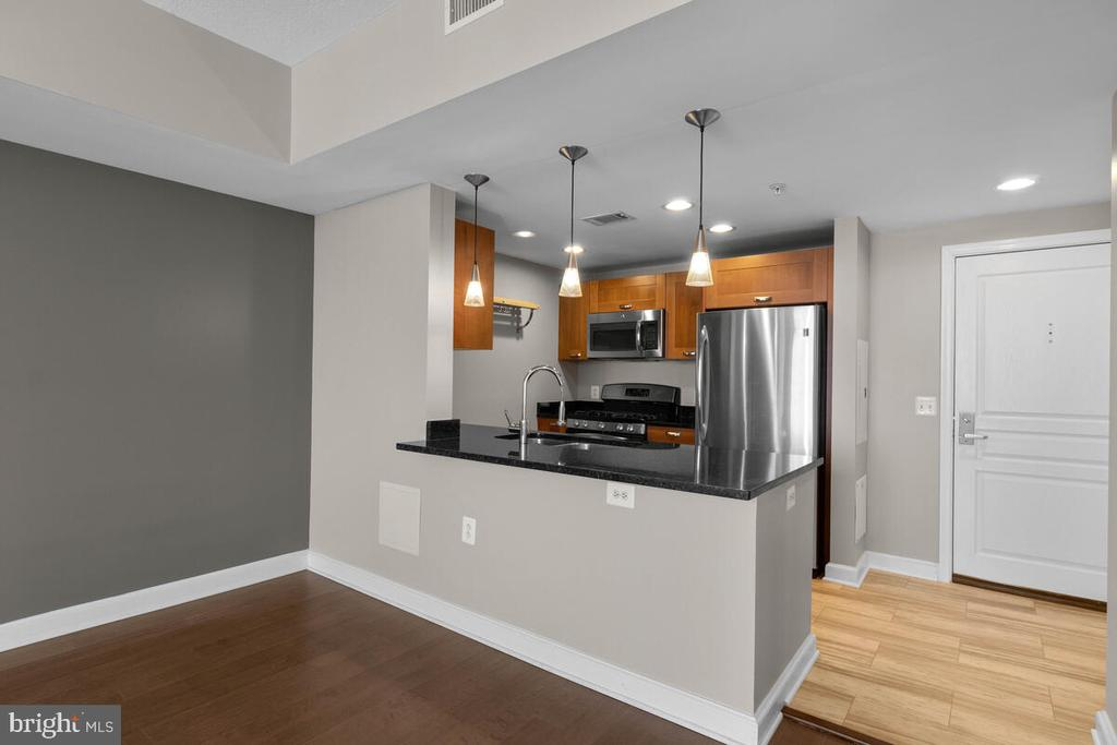 Photo of 2451 Midtown Ave #1323