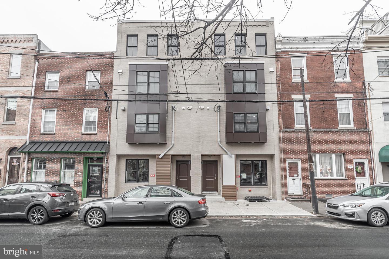 754 S 8th Street UNIT #3 Philadelphia, PA 19147