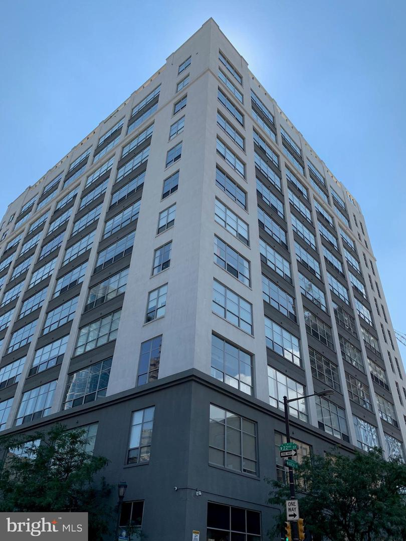 2200 Arch Street UNIT #200 Philadelphia, PA 19103