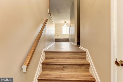 13988 New Braddock Rd Centreville VA 20121