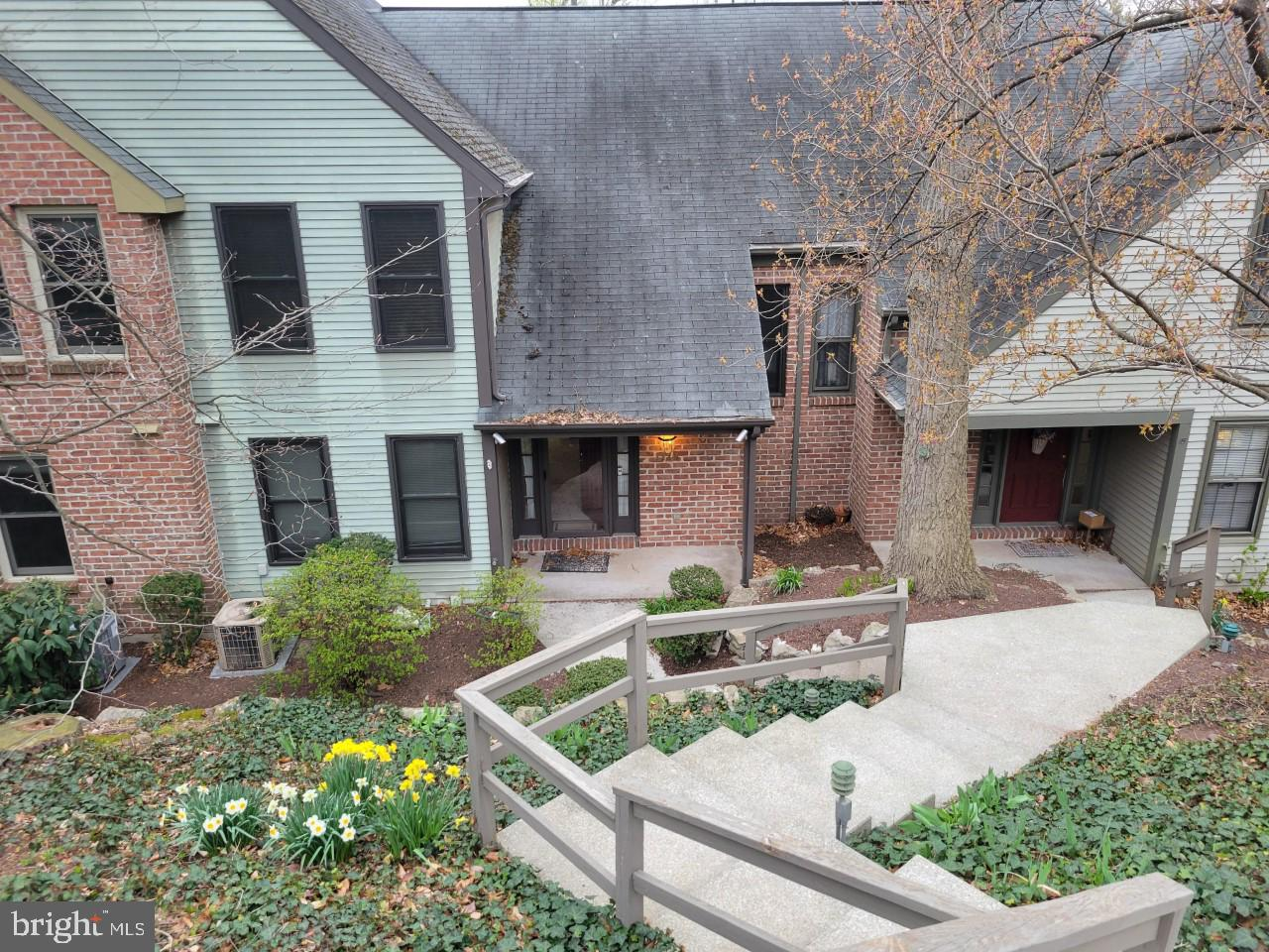1118 Draymore Court Hummelstown, PA 17036