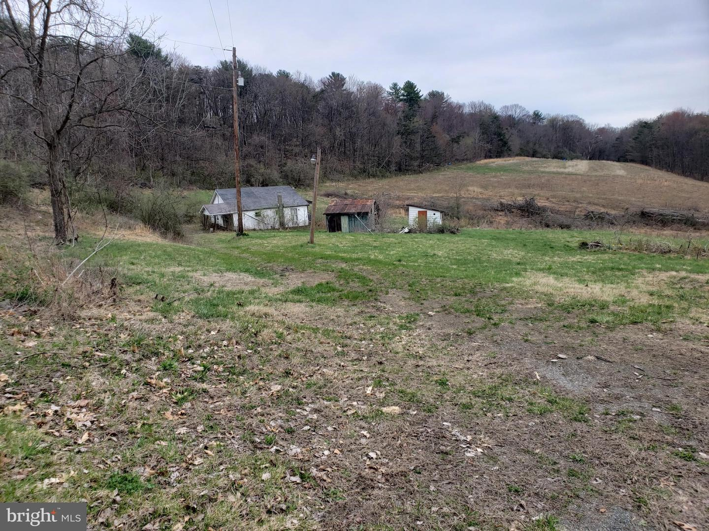 418 Gamby Hill Road Liverpool, PA 17045