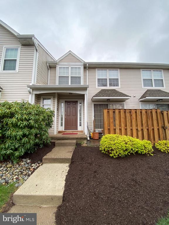 6901 SPRUCE MILL DR, Yardley PA 19067