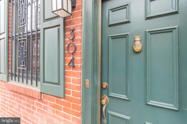 304 Monroe Street Philadelphia, PA 19147