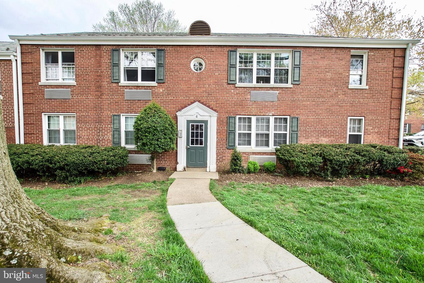 6 Ashby Street  #D - Alexandria, Virginia 22305