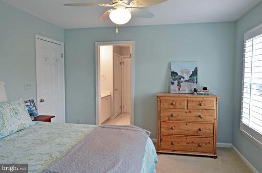 15058 Stillfield Pl Centreville VA 20120