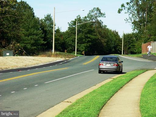 6504 Old Centreville Rd Centreville VA 20121