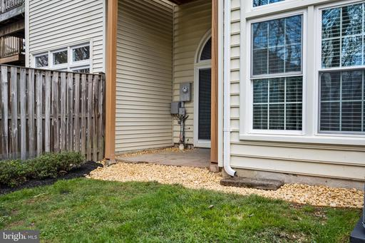 14547 Oakmere Dr Centreville VA 20120