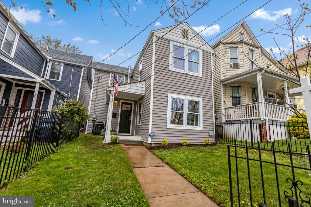 OFFERS DUE TUESDAY (04/20) @ 4PM. Prepare to be dazzled. Character, Convenience, and Condition come together in this fully renovated, detached 3 BR, 2.5BA Colonial on 2 finished levels with fixtures and finishes that won't disappoint. Everything in the home was new in 2016 and has only been improved upon since by current owners.  The main level has a nice flow and feel. It offers a Living Room with wood-burning fireplace; large Kitchen with center Island, Pantry and quartz Countertops; Dining Area overlooking the back yard; Powder Room; and Laundry Closet (full size stack washer and dryer).  Upstairs are 3 Bedrooms and 2 full Bathrooms. The primary Bedroom has Bath en-suite with walk-in shower.  Architectural highlights include coffered ceilings, exposed brick wall by fireplace, and oak floors throughout. Outside in the back is a large fenced-in yard and patio.  House is vacant and be shown anytime by easy appointment.
