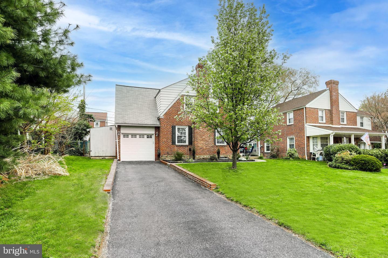 595 Greenview Lane Havertown, PA 19083