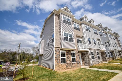 8274 Safarian Way, Alexandria, VA 22309