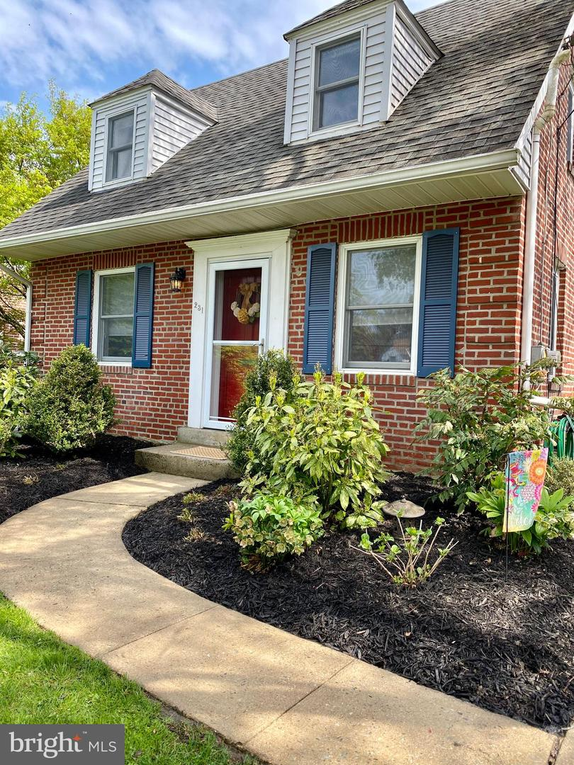 231 Valley View Road Media, PA 19063