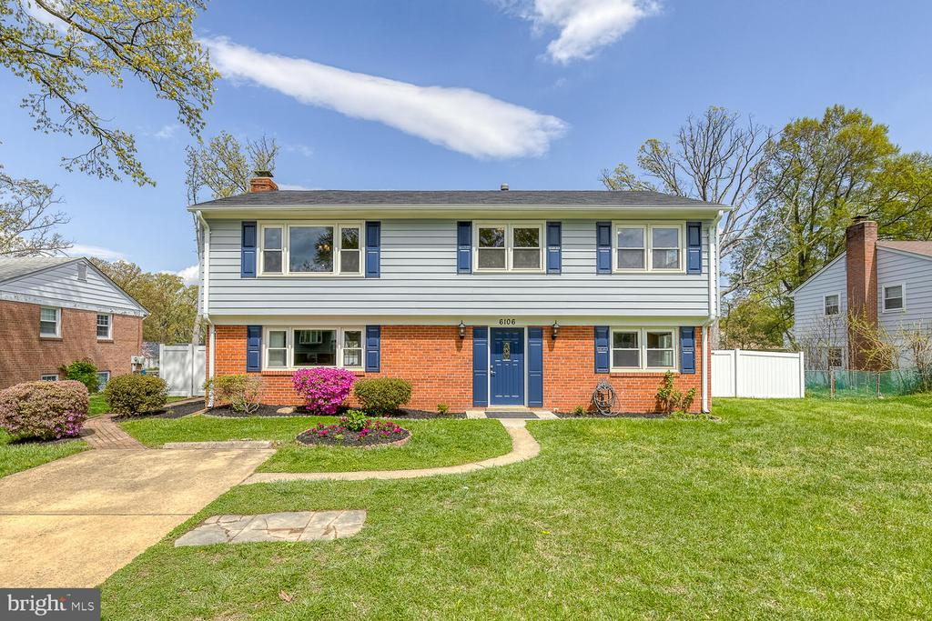 6106 Briarview Ct