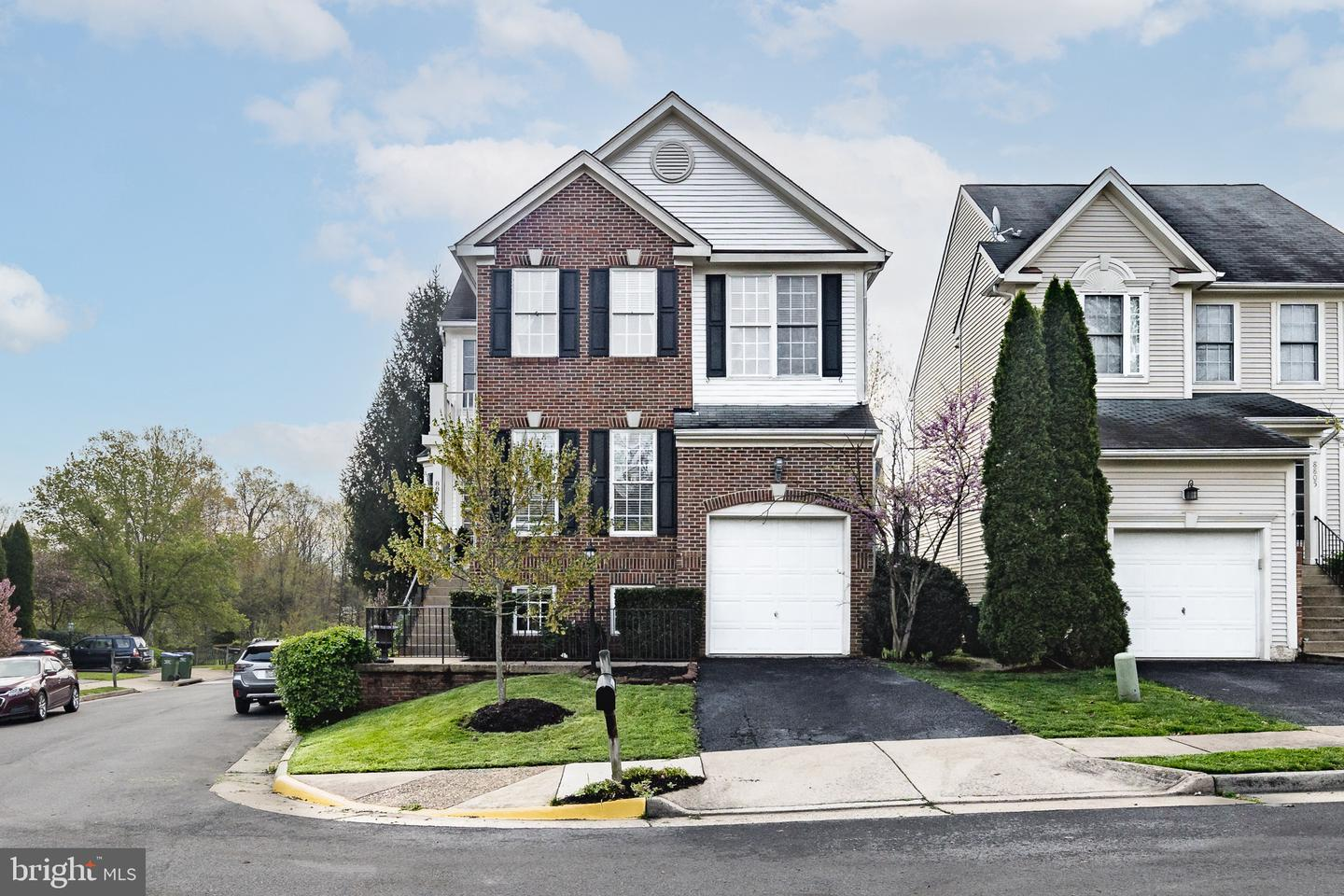 Photo of 8801 FENIMORE PL, BRISTOW, VA 20136