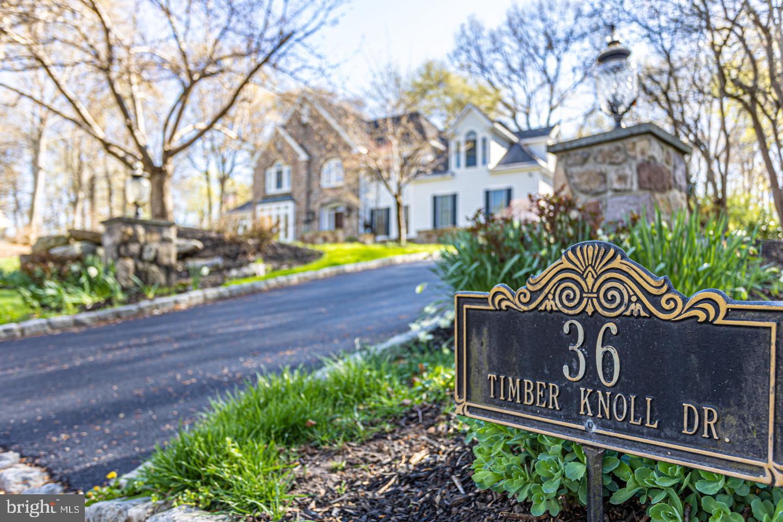 36 TIMBER KNOLL DR, WASHINGTON CROSSING, PA