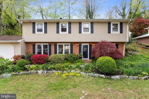 6107 Holly Tree Dr Alexandria VA 22310