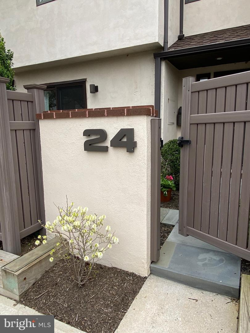 138 Montrose Avenue UNIT #24 Bryn Mawr, PA 19010