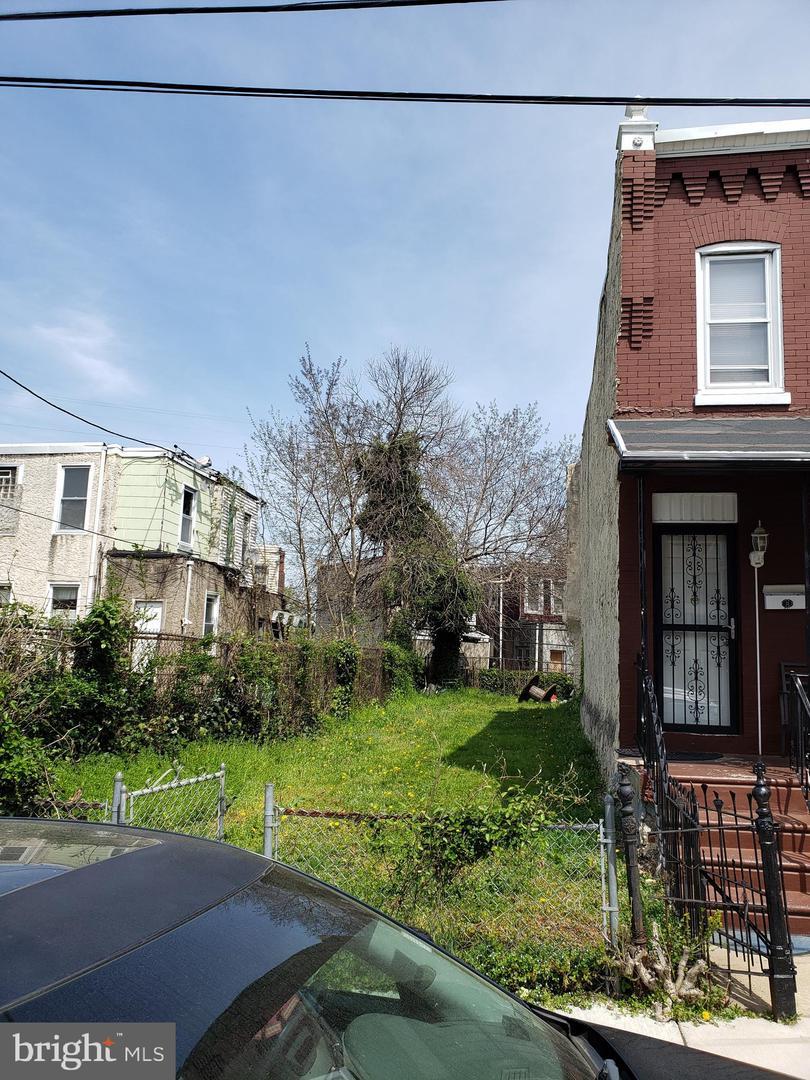 1301 S Hanson Street Philadelphia, PA 19143