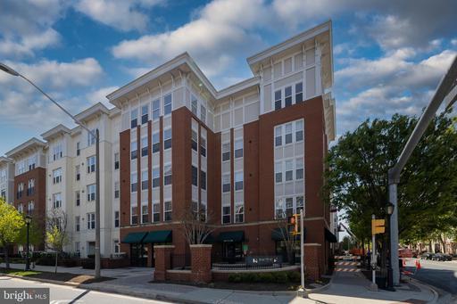 2655 Prosperity Ave #248, Fairfax, VA 22031