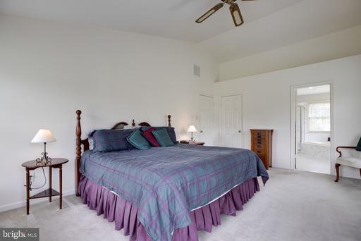 6728 Jade Post Ln Centreville VA 20121