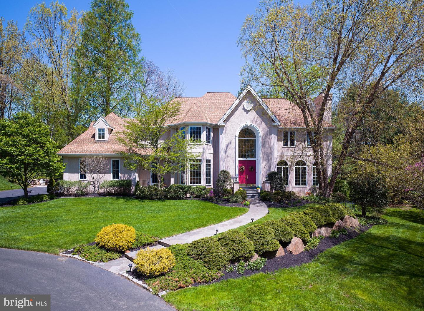 2 Aronwold Lane Newtown Square, PA 19073