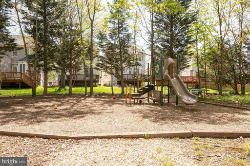 6627 Skylemar Trl Centreville VA 20121