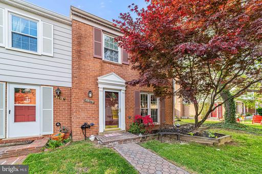 6612 Deer Gap Ct Alexandria VA 22310