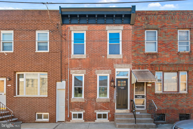 240 Fernon Street Philadelphia, PA 19148