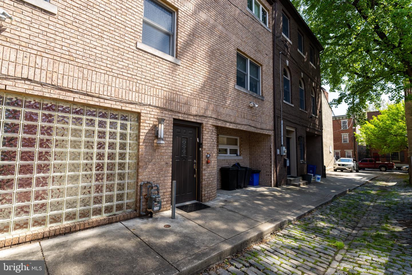 139 Carpenter Street UNIT B Philadelphia, PA 19147
