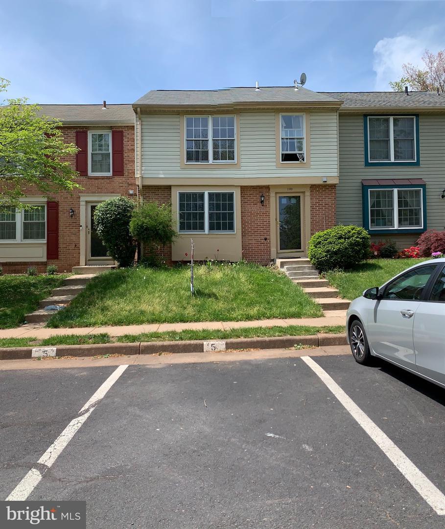 1109 Lopez Lane   - Herndon, Virginia 20170